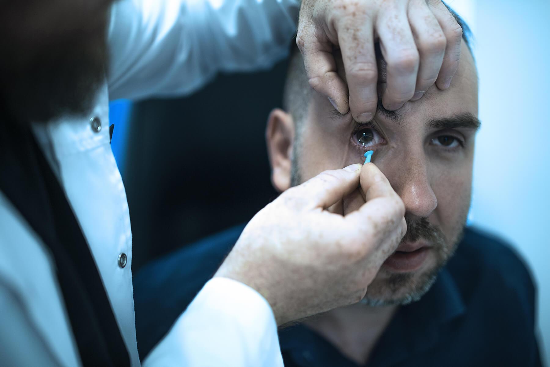 Dopasowanie soczewek kontaktowych - Optyk Kierszniowski Zielona Góra